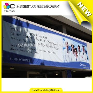 Heißer Verkauf PVC-Drucken, der im Freienfahnen-Drucken und bewegliche im Freien fliegende Fahnen hängt