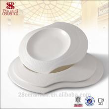 Assiette en céramique de conception spéciale, ensemble de vaisselle de Noël, plat de porcelaine d'os