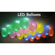 Привело свет мигает красочный воздушный шар