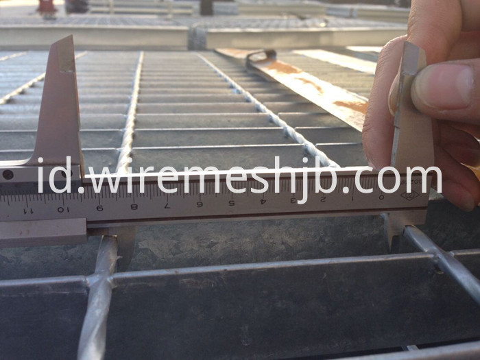 Steel Bar Grating Stair Treads