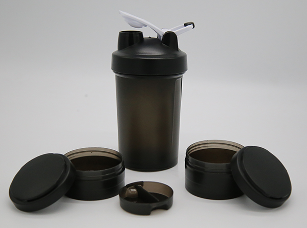DETAILS shaker with 2compartment