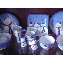 Plato de cena pintado a mano de la cerámica con diseño de la Navidad
