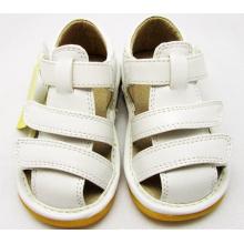 Сплошные белые сандалии для мальчика