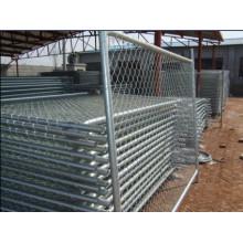 Заборная сетка для игровой площадки