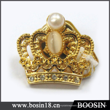 Liga de metal Sparkly 18k chapeamento de ouro Vintage coroa broche # 5955