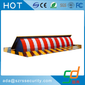 Security retractable car parking hydraulic road blocker