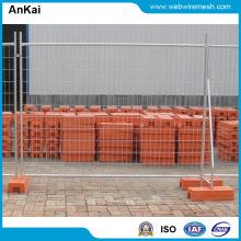 La clôture provisoire de galvanisé à chaud