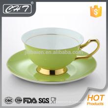 Taza de té de China de hueso fina y platillo de platillo
