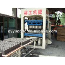 Máquina de fabricación de ladrillos / bloques de cemento de Gongyi Yugong vendiendo bien en todo el mundo