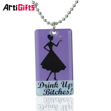 Manufacture production promotionnelle laser gravure 3d sexy girl style dog tag