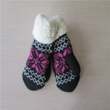 Fleece lining Mitten with coral fleece cuff