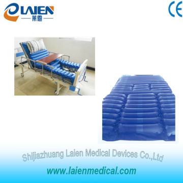 Air mattress for hospital bed sitting position with toilet hole