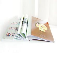 Livro de colorir personalizado do serviço de impressão