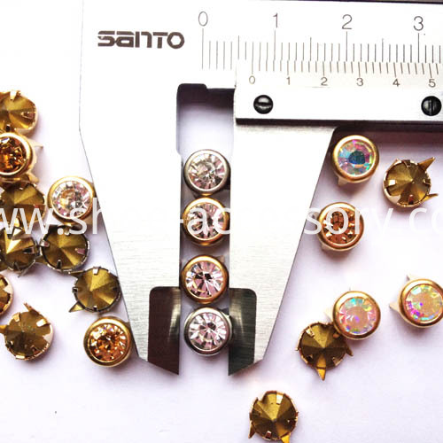 7mm-diamond studs 3