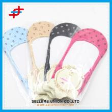 Hersteller bulk reine Farbe Punkt unsichtbare Socken benutzerdefinierte Logo billig Preis