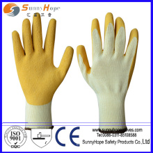 Crinkle finish Palm coated latex gloves manufacturers