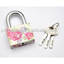 Flower pattern disc iron padlock