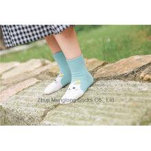 Diseños de dibujos animados Little Girl Cotton Socks Diseños populares para la venta al por mayor