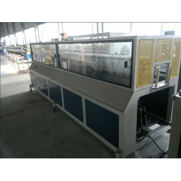 Máquina UPVC / PVC / WPC para janelas e molduras de portas