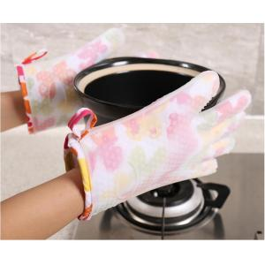 New Fashion Flower Pattern Glove for Oven Baking Use