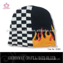 El 100% acrílico hizo punto el sombrero de la gorrita tejida baratos con la insignia de encargo