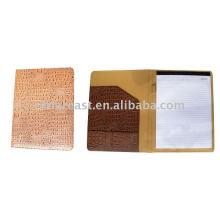 Caderno de couro da forma 2015