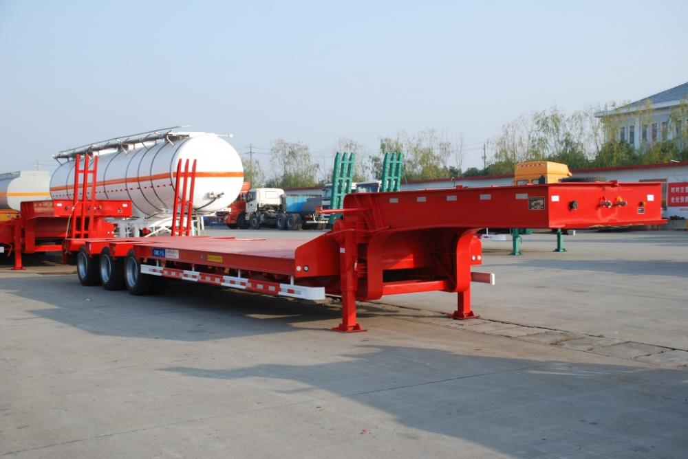 40T Tri-Axle Lowbed Semi-Trailer