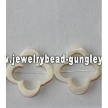 4 pétala flor forma água doce shell beads