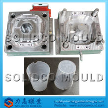 Plastic injection mould of measuring cup mould