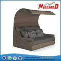 Sofa-lit en rotin de patio extérieur