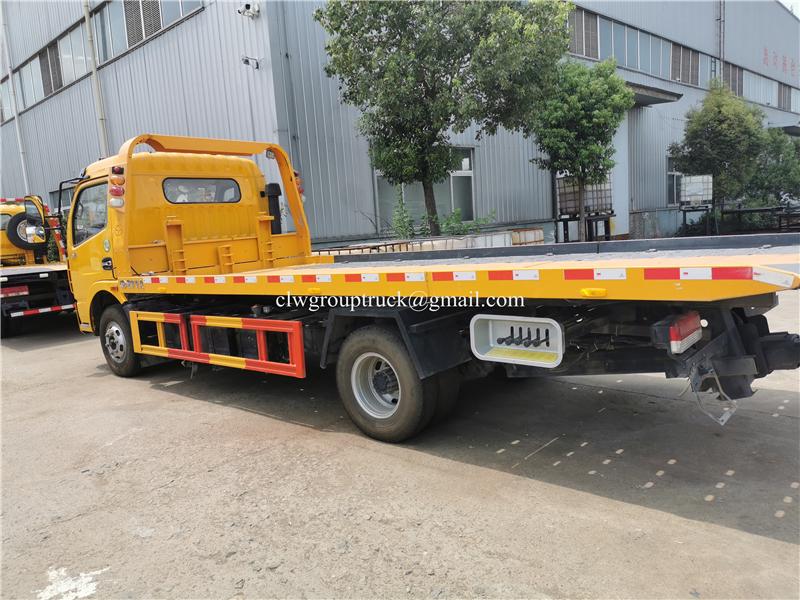 Wrecker Truck 3