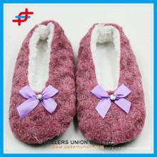 Benutzerdefinierte Logo Rose Innen-Anti-Slipper Tanzen Schuhe Hausschuhe Hersteller