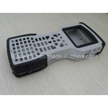 Piezas de inyección de alta calidad en control remoto, fabricante de China, inyección de material doble (LW-10013)