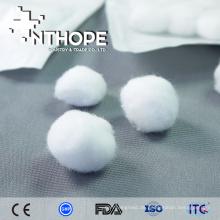 billiges medizinisches Produkt, das purpurrote Baumwollbälle chirurgisch ankleidet