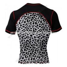 UV-Schutz-Rashguard für Damen mit Animal-Print