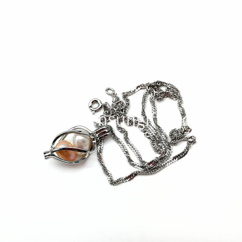 Twisted Cage Pendant with two pcs Pearl Beads