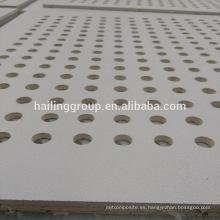Placa acústica de techo de yeso perforado