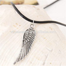 Traje presente tricô simples par asas couro corda anjo ala colar