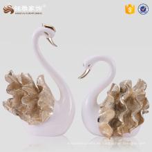Estatuas al por mayor del cisne del par de la resina de los artículos del regalo para el favor de la boda