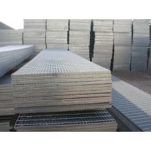 Panneau de grille en acier pour passerelle