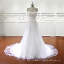 Échantillon réel de la robe de mariée de jupe détachable