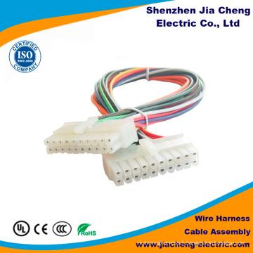 Assemblage de câbles avec connecteur de précision isolant