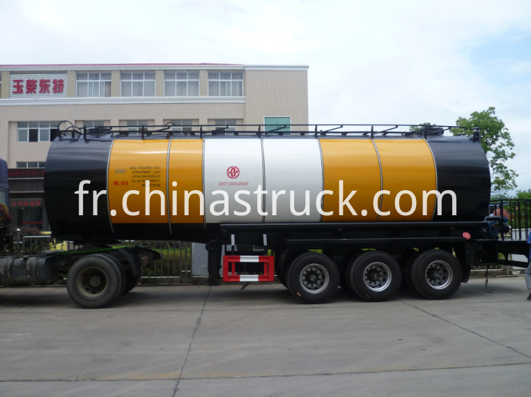 3 axle 30000 liters liquid asphalt tanker