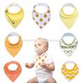 heißer Verkauf helle Farben Druck Baby Bandana Lätzchen antibakterielle Baby Lätzchen Dreieck halten Flecken aus Baby Lätzchen