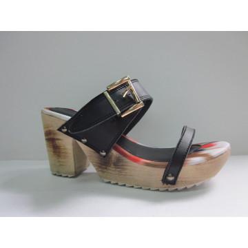 2016 neue Design Damen Chunk Sandalen (HCY03-081)