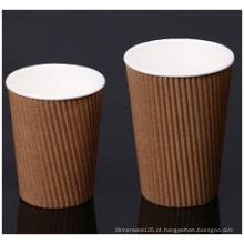 Copos de Paer de parede de ondulação marrom. Copos de papel duplo corrugado
