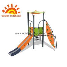 Equipamento de recreio ao ar livre para crianças que escalam corda