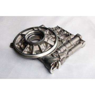pieza de fundición a presión con centro de mecanizado CNC