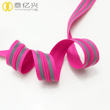 Cheap price fancy color nylon reflective zipper