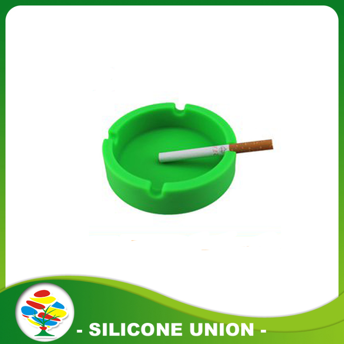 green silicone ashtray